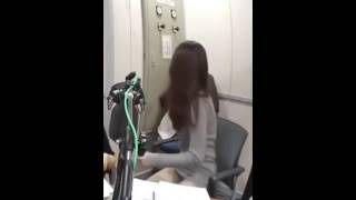 Video Korean Anchor wardrobe malfunction download MP3, 3GP, MP4, WEBM, AVI, FLV Juli 2018