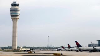 Blackout grounds all flights out of Atlanta airport