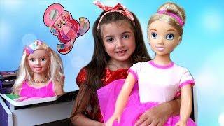 Маша и веселая история про кукол