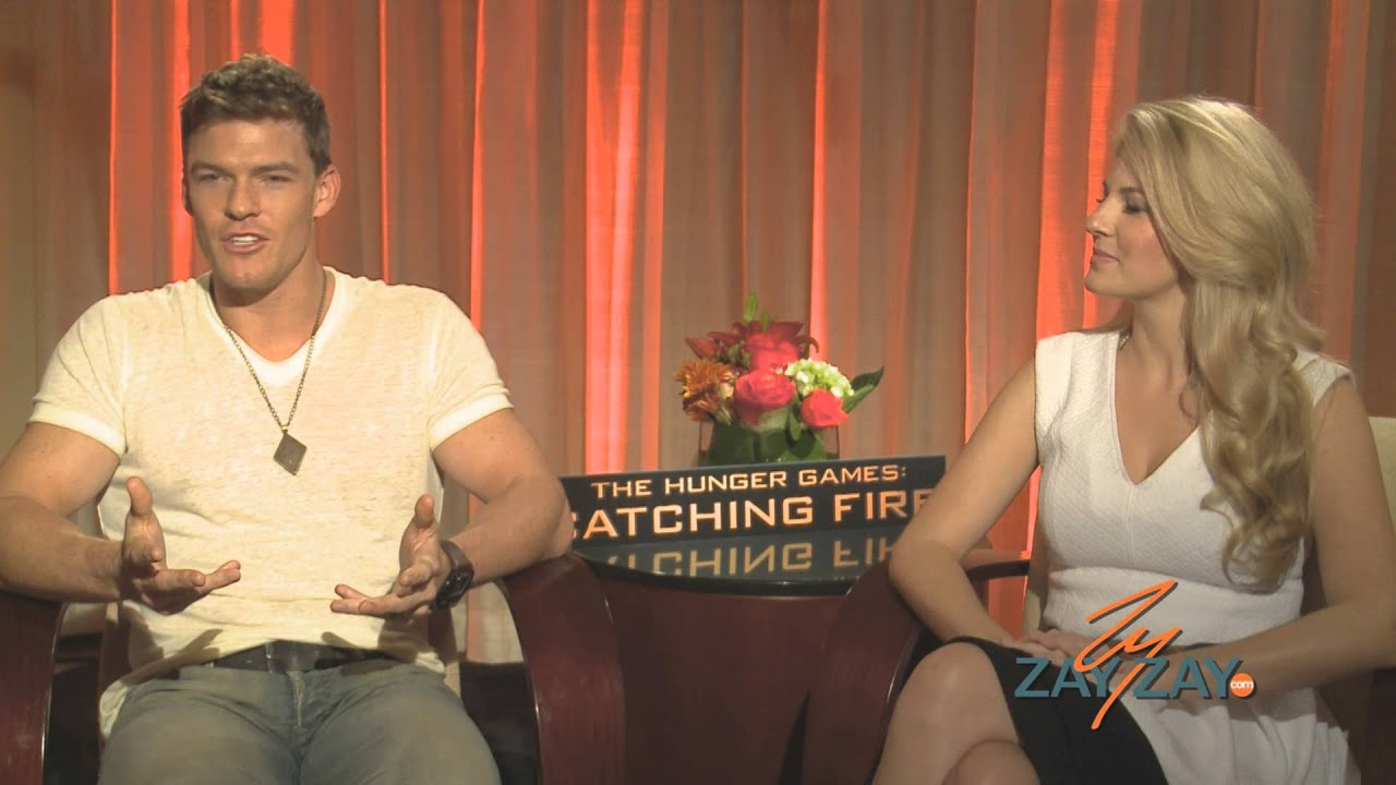 The Hunger Games: Catching Fire - Alan Ritchson & Stephanie Leigh ...