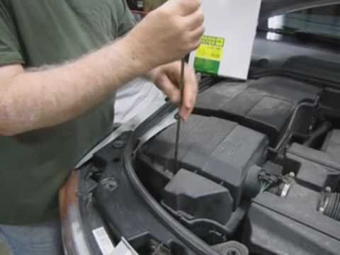 Mann Air Filter Replacement: Instructions for Land Rover ...