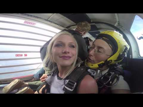 Tandem Skydive | Bailey from Fort Payne, AL