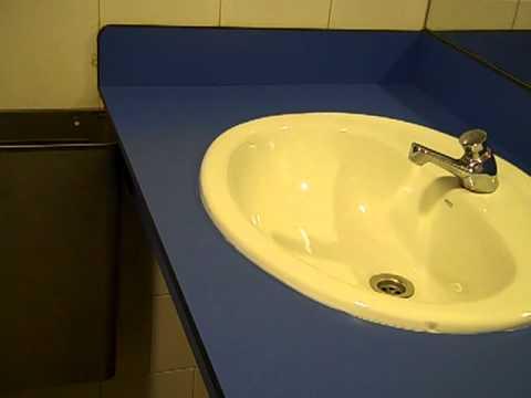 Reforma encimera lavabo despu s youtube - Pintar encimera cocina ...
