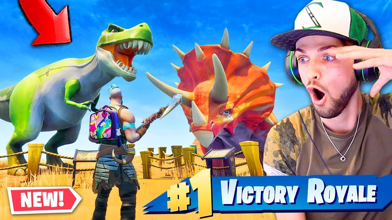 Finding New Season 5 Dinosaurs In Fortnite Battle Royale Youtube