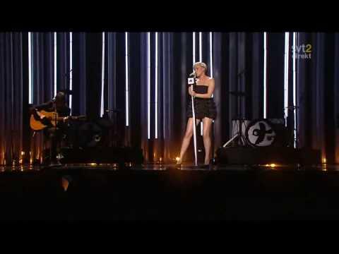 Robyn - Be Mine (Live Nobel Peace Prize 2008)
