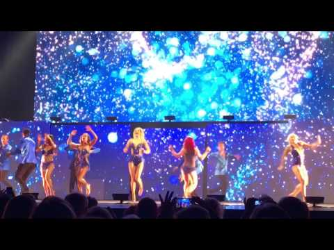 Clip of Heather Morris and DWTS tour cast closing number in Nashville
