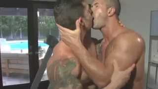 Download Video Gay, Bi & Straight Bodybuilders Flex and Kiss MP3 3GP MP4