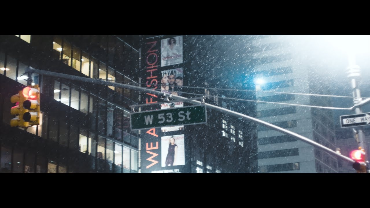 GH5 Anamorphic Lens Demo -  Extremely Sharp Schneider Cinemascope in NYC with IBIS 60p 4k