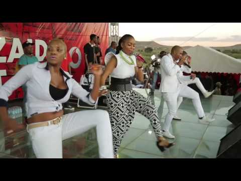 Diamond Platnumz  & Mafikizolo Live Perfomance At UDOM [DODOMA] Part  2