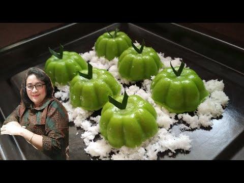 7 Resep Kue Tradisional Kukus Enggak punya oven, kita bisa membuat aneka kue tradisional kukus yang enggak kalah enak, lo!.