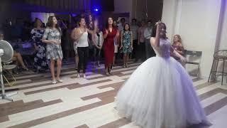 Бросание букета невесты-18.08.2018