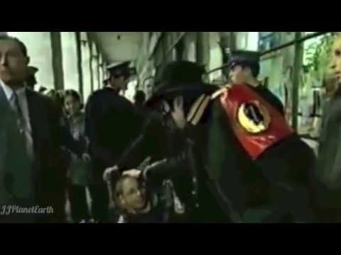 Michael Jackson - Give Love On Christmas Day