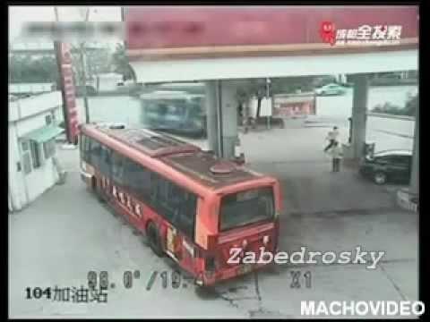 Accidentes de Transito. Chinos al Volante. Compilado
