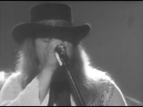 Lynyrd Skynyrd - Full Concert - 07/13/77 - Convention Hall (OFFICIAL)