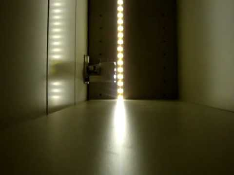 led verlichting in kast mpg youtube. Black Bedroom Furniture Sets. Home Design Ideas