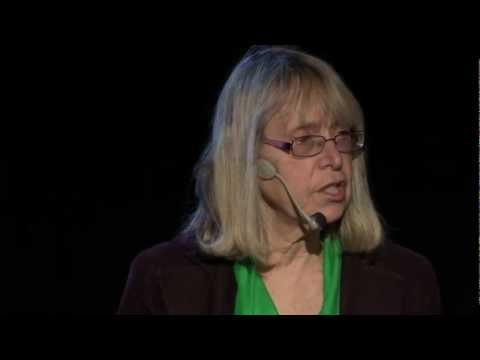 Creating classrooms that work: Esther Wojcicki at TEDxBeaconStreet