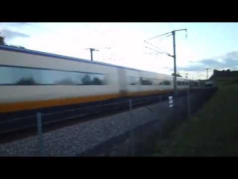 Two Eurostar Class 373s Speeding Pass One Another At 186mph In An Epic Crossover At Boxley 11/10/14
