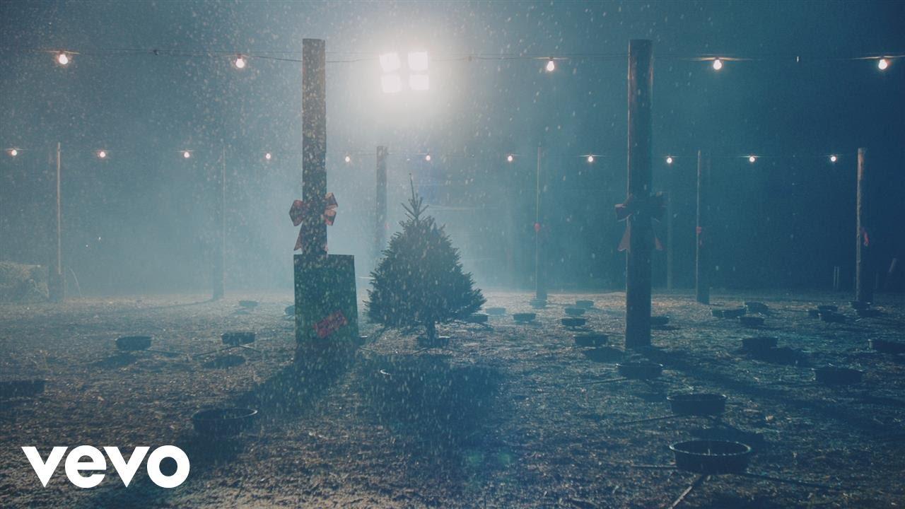 she-him-christmas-memories-sheandhimvevo