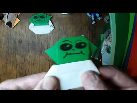 origami-baby-yoda----the-child-with-pod