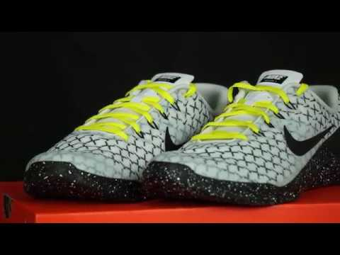 4c383c42ae0 Random Review  Close look at Nike Metcon 4 x - YouTube