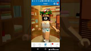 My clothes on the Roblox! Many Macacãs 😂