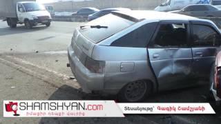 Երևանում LADA 2112 ի վարորդն բախվել է էլեկտրասյանը, այնուհետև՝ Nissan և ВАЗ մակնիշի ավտոմեքենաներին
