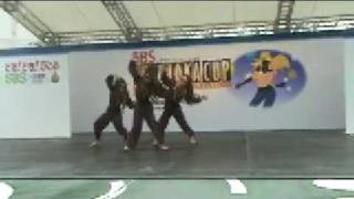 Japanese kids dance HIP HOP and Contemporary to Japanese traditiona...