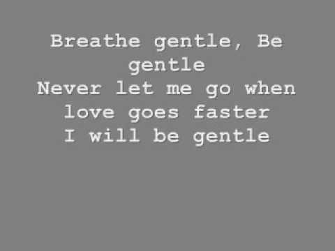 Tiziano Ferro Breathe gentle [with lyrics]