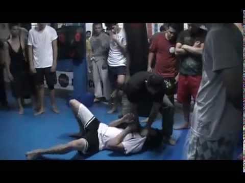 Krav Maga Costa Rica Clase Regular MMA Costa Rica 5 Enero 2012