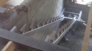 видео Косоуры для лестниц: что это такое, чем тетива лучше лестничных маршей, фото