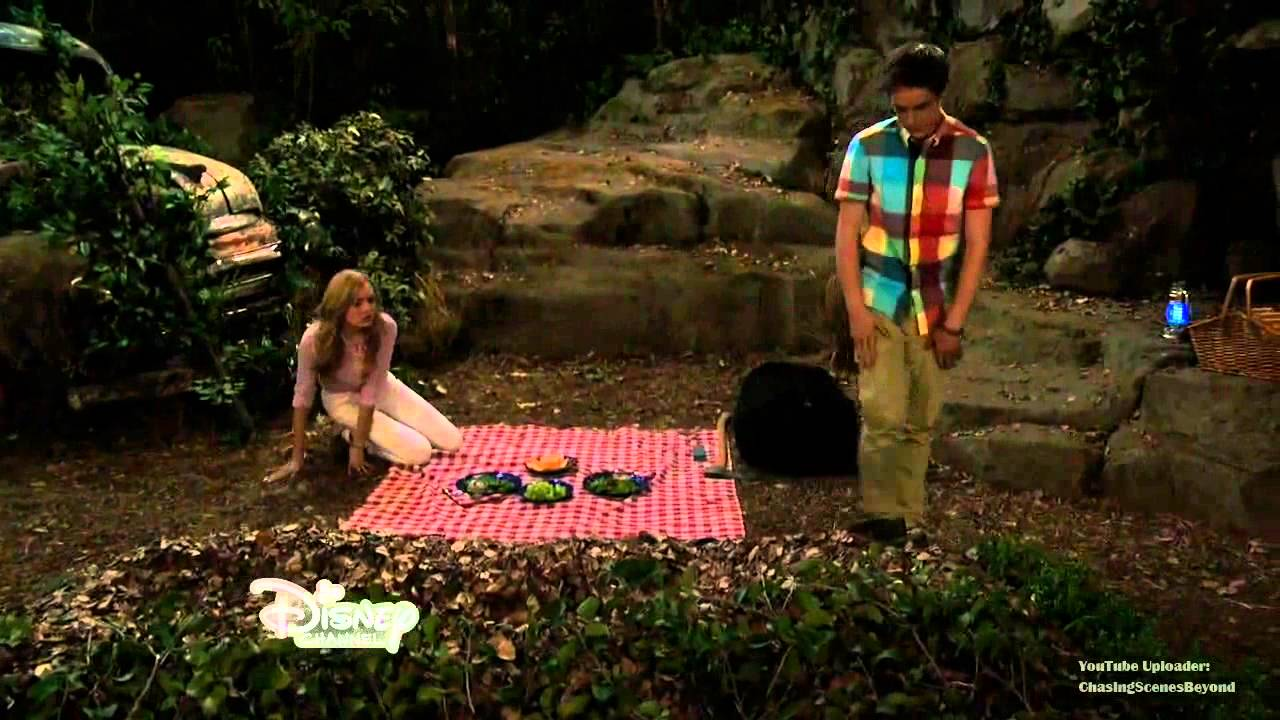 Bunk'd 1x02: Xander and Emma (Xander: I'm not letting you leave)