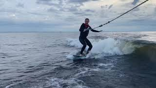 Kseniya and her first ever wake surf try 🏄♀️