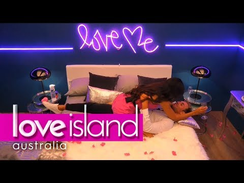 Australia picks Josh and Amelia to go to the hideaway   Love Island Australia 2018