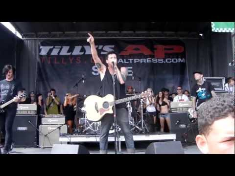 Unwritten Law At Warped Tour Ventura 2011 - She Says