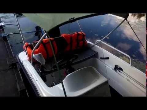 Как покрыть лодку стекловолокном. Стекловолокно используется для создания лодок по многим причинам. Главной из них является его стойкость, а еще.