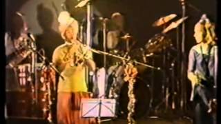 Lora Logic (X-Ray Spex) -  Got Me in a Nutshell - Hare Krishna Glastonbury 1983