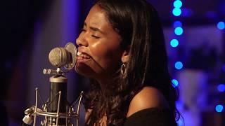 Fall In Love - Linda Diaz - Seawall Session #01