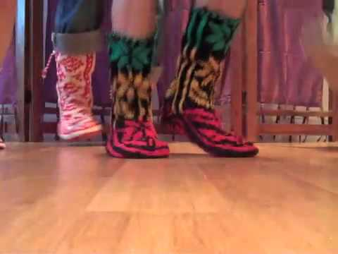Rasta Mukluks Groovy New Knit Shoes At Mexicali Blues Youtube