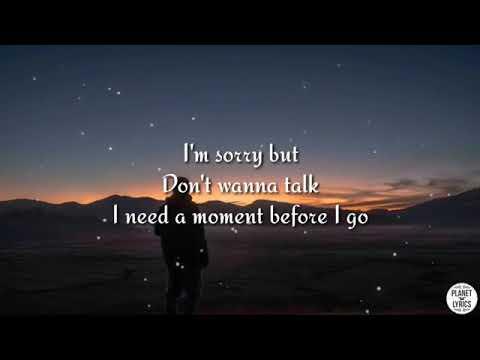 on-my-way---alan-walker,-sabrina-carpenter-&-farruko- -lyrics-video
