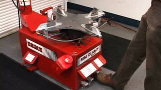 Tire Changers: Coats Model 5040 Rim Clamp Tire Changer