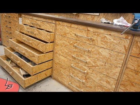Werkzeugschrank aus Holz selber bauen | Werkstattschrank mit Schubladen selber machen  3/3