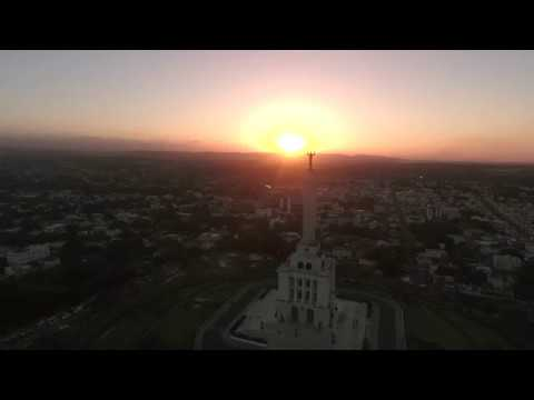 THIS IS WHAT HAPPENS WHEN A DRONE ENCOUNTERS THE SANTIAGO MONUMENT