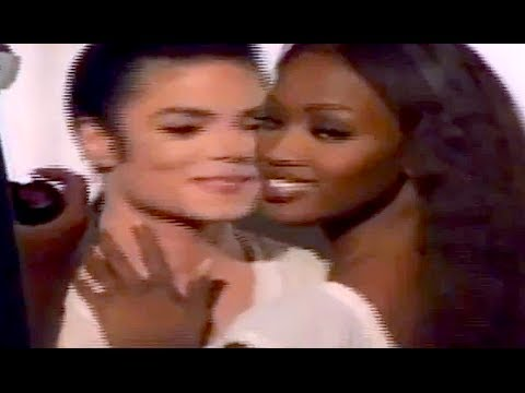 MICHAEL JACKSON & NAOMI (on set) IN THE CLOSET