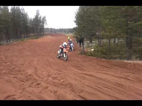 video - 2011-10-16-11-25-15.mp4