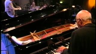 Lewis Nash solo w. Tommy Flanagan trio (Jazz Baltica 1999) - Thadrack