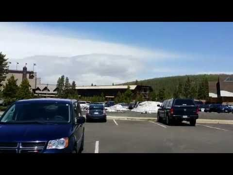 Old Faithful Snow Lodge and Gift Shop (Yellowstone National Park, Wyoming)