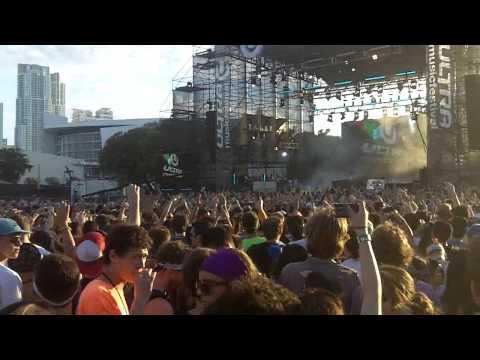 Turbulence + Warp 1.9 (Live) - Steve Aoki, Laidback Luke, Lil John [Ultra Music Festival 2011]