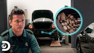 ¡Asombroso lo que oculta este automóvil! | Control de Fronteras: España | Discovery Latinoamérica