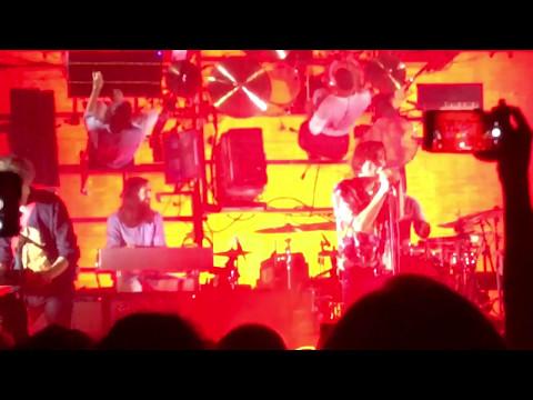 "Phoenix ""Girlfriend"" Live House of Blues Orlando, FL May 13, 2017"