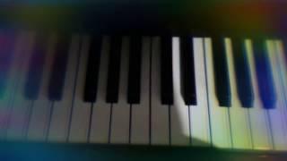 Учимся играть на пианино песню Хатико правой рукой☺